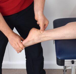 Rehabilitacja po zerwaniu i operacji ścięgna Achillesa
