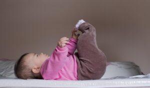 Dysplazja stawu biodrowego – wpływ problemu wieku niemowlęcego na sprawność w dorosłym życiu